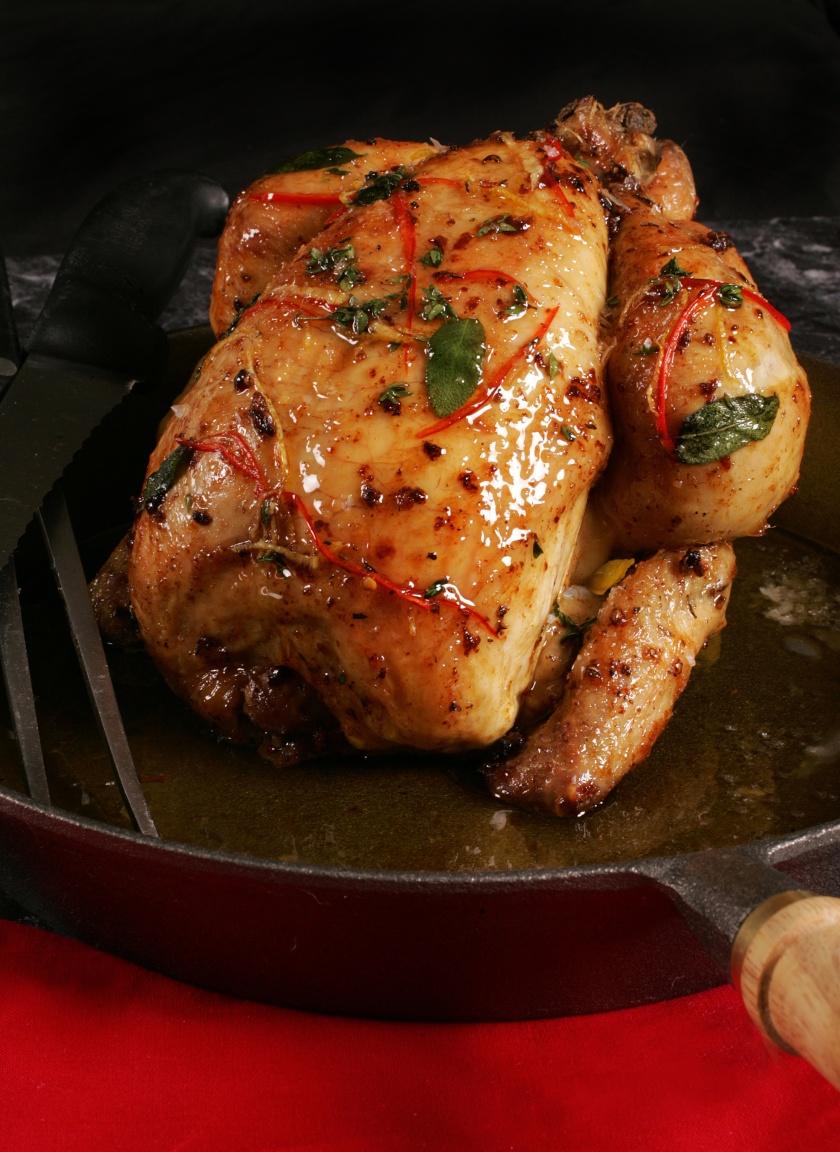 Derry clarke Roast Chicken with chilli Book shoot L'ecrivain Photographer Ronan Temple Lang